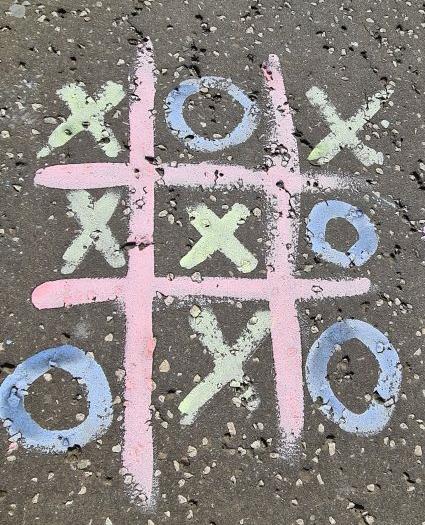 Pavement paint chalk